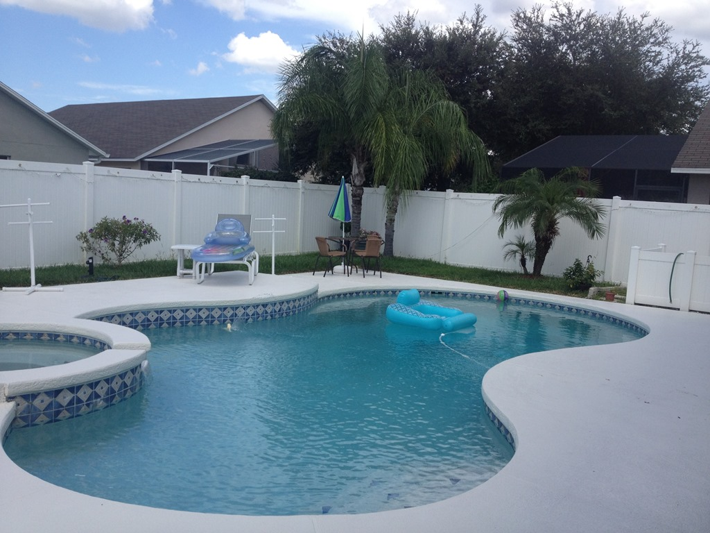 Pool Maintenance & Pool Service in Lake Worth, FL